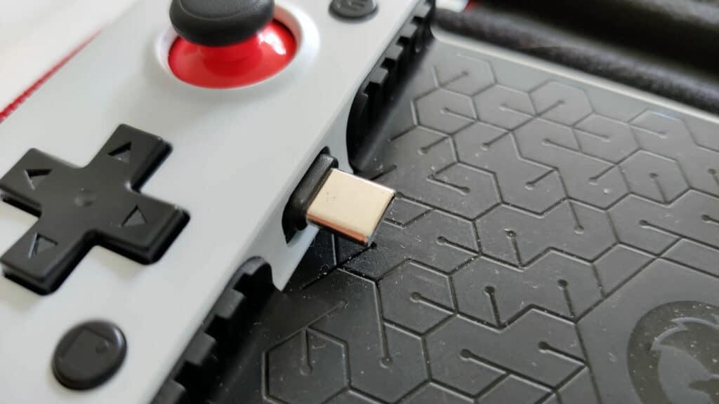 Le port USB-C de la GameSir X2